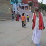 Vieillard sur les ghats