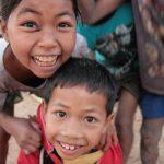 Sourires d'enfants laotiens