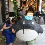 Choupi à la boutique Ghibli