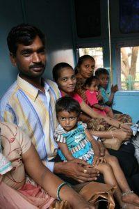 Famille dans le train