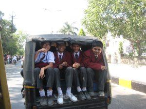 Ecoliers à la sortie de l'école