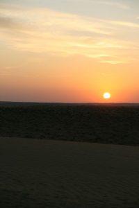 Lever du soleil sur les dunes