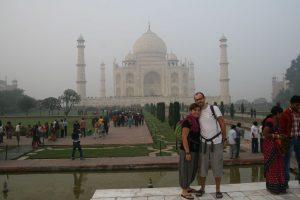 Choupi et Tibal au Taj Mahal