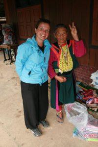 Choupi et une Hmong