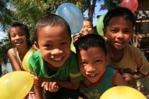Gamins laotiens