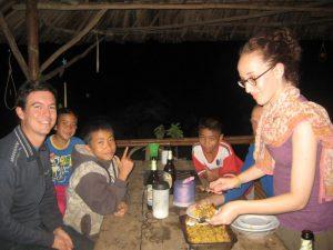 Repas avec les laotiens