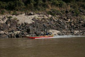 Speedboat sur le Mékong