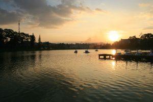 Lac de Dalat au sunset