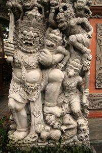Statues d'un temple