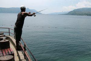 Pêcheur du lac Toba