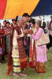 Offrande aux mariés