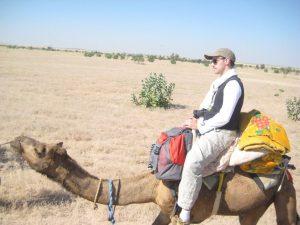 Tibal dans le désert