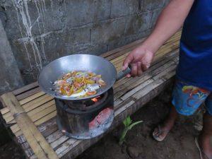 Cours de cuisine avec Tan et sa famille