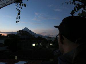 Vue sur le volcan depuis la guesthouse