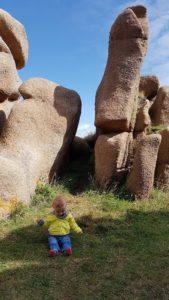 Perdu dans les roches